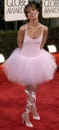 Lara Flynn Boyle not filling her dress
