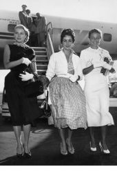 Airport chic 1950s style - I don't think this would work on Easyjet