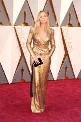 Margot Robbie came as Oscar himself
