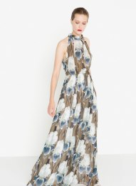Maxi dress £160 at Uterque.com