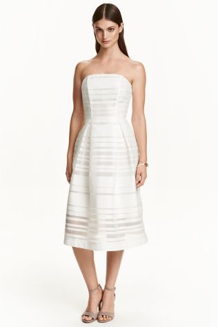 Bridesmaidy? Who cares! Strapless dress £49.99 at H&M